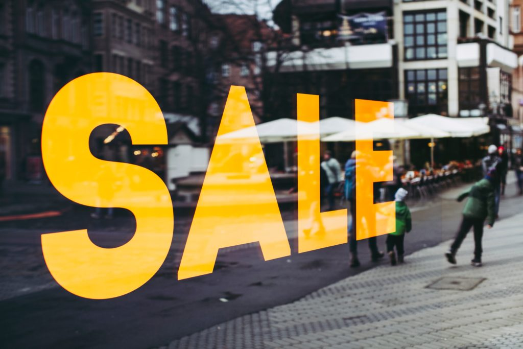 Black Friday email campaigns announce big sales!
